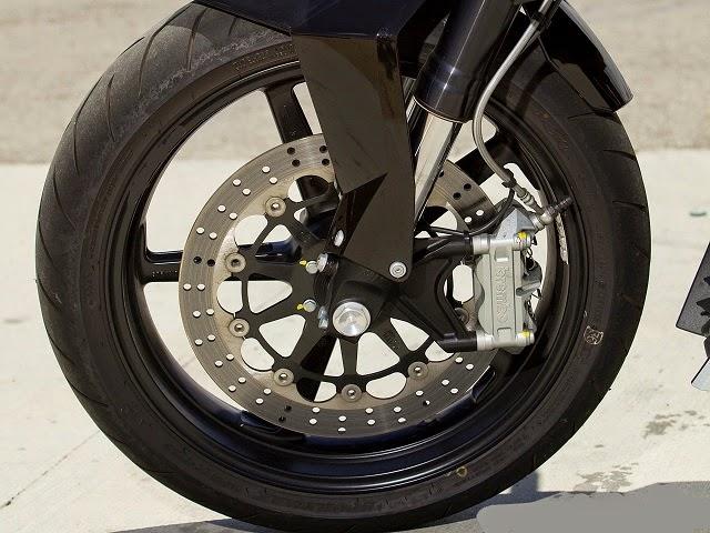 disk braking system in the two wheeler's bike