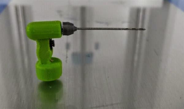 Lance Abernethy 3d prints a working drill machine