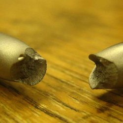 brittle fracture of material causes failure