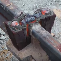 Thermit welding on rail track